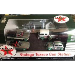 Vintage Texaco Gas Station - Raw Green Machine Set!