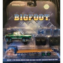 Greenlight 2019 Hobby Exclusive Bigfoot Gooseneck Trailer Combo - Green Machine!